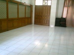 Gedung tua yg dlmnya dijadikan aula dan kadang diisi oleh skul minggu (GABI)